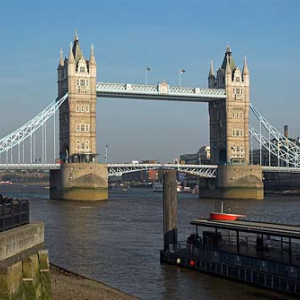 Londyn. Most Tower Bridge na Tamizie