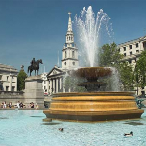 Londyn, St. James plac Trafalgar Square