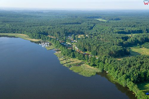 LOTNICZE. PL-Warm-Maz. jezioro Jeziorak, wies Siemiany.