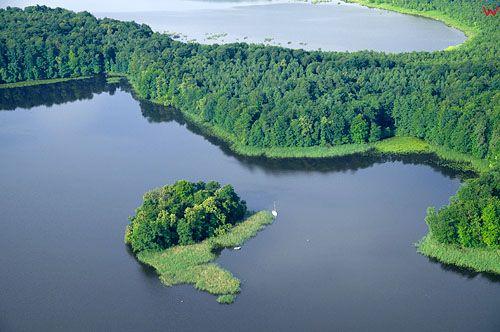 LOTNICZE. PL-Warm-Maz. jezioro Jeziorak, okolica Lipowy Dwor.