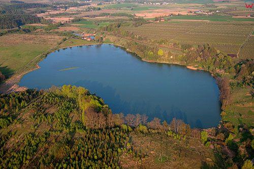 LOTNICZE, PL, wrm-maz. Jezioro Linowskie k. Olsztyna.