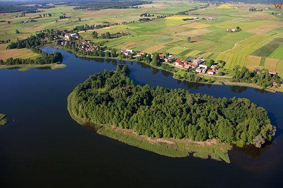 LOTNICZE, Pojezierze Mazurskie (Elckie). Jezioro Gawlik i wies Gawliki Wielkie.