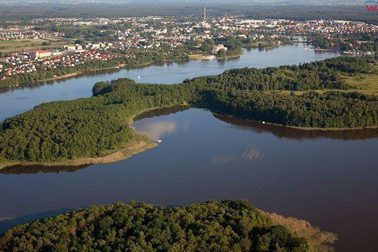 Lotnicze, EU, PL, warm-maz. Panorama na Ilawe przez jezioro Jeziorak.