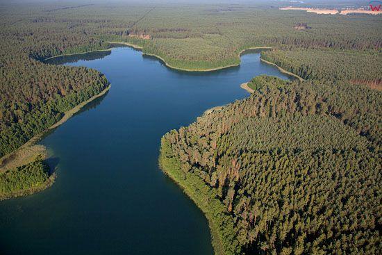 EU. PL, warm - maz. Lotnicze. Jezioro Jegocin, Mazurski Park Krajobrazowy.