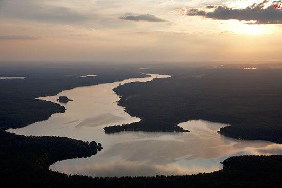 EU, PL, Pomorskie. Pojezierze Kaszubskie. Jezioro Golun.