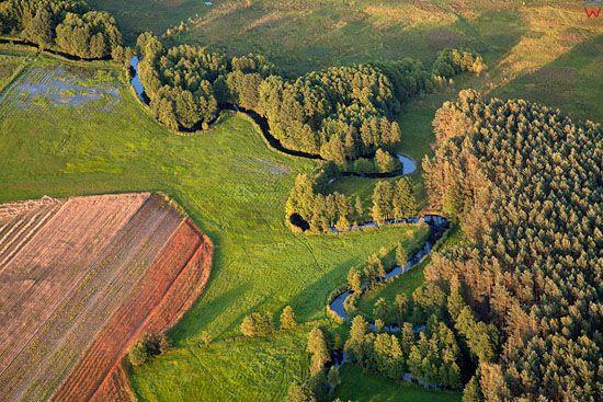 Lotnicze, EU, PL, Pomorskie. Zaborski Park Krajobrazowy. Rzeka Brda.