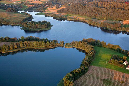 Lotnicze, EU, PL, Pomorskie. Kaszubski Park Krajobrazowy. Jezioro Rekowo.