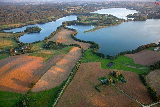 Lotnicze, EU, PL, Pomorskie. Kaszubski Park Krajobrazowy. Jezioro Biale i Rekowo.