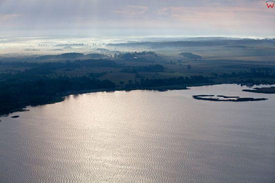 Jezioro Zarnowieckie. EU, PL, Pomorskie, Lotnicze.