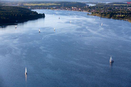 Zaglowki na jeziorze Mikolajskim. EU, Pl, warm-maz. Lotnicze.