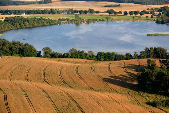 Jezioro Szkotowskie. EU, Pl, warm-maz. Lotnicze.
