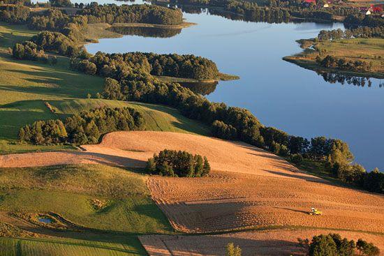 Jezioro Buwelno. EU, PL, Warm-Maz. LOTNICZE.