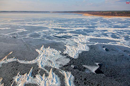 Jezioro Sniardwy skute lodem. EU, Pl, Warm-Maz. Lotnicze.