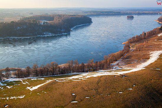 Jezioro Talty skute lodem. EU, Pl, Warm-Maz. Lotnicze.