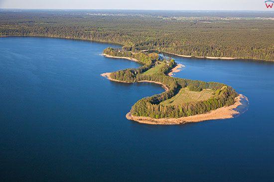 Jezioro Lanskie, polwysep Lalka. EU, PL, Warm-Maz. Lotnicze.