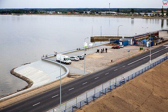 Wloclawek, parking na zaporze wodnej. EU. Pl, Kuj-Pom. Lotnicze.