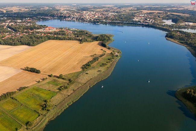 Ostroda, jezioro Drweckie z panorama na miasto od strony NW. EU, Pl, Warm-Maz. Lotnicze.