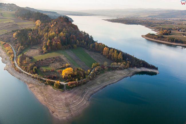 Jezioro Czorsztynskie. EU, PL, Malopolska. Lotnicze.