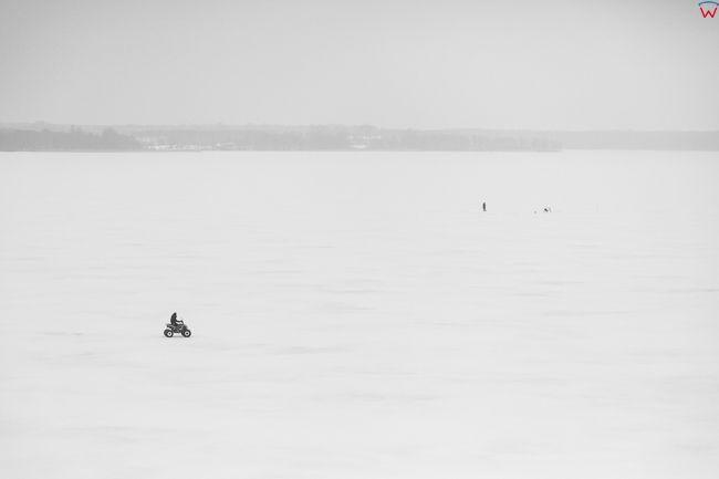 Jezioro Dobskie 17.01.2017 r. Wielkie Jeziora Mazurskie zimowa pora. EU, Pl, Warm-Maz. Lotnicze.