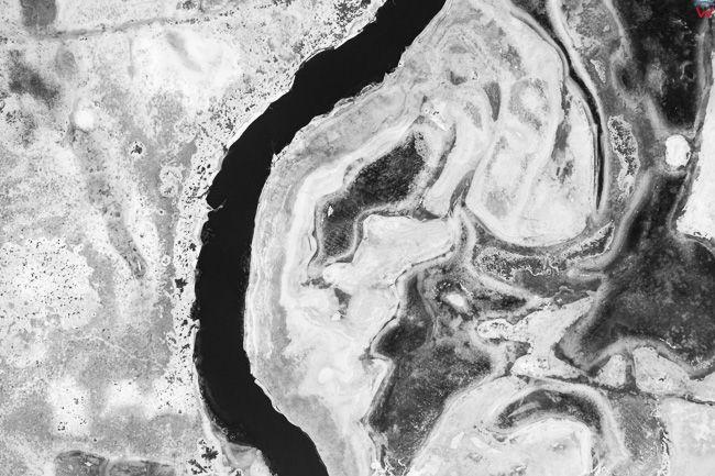 Rzeka Lyna, 01.02.2017 r. zimowe rozlewiska w okolicy Lidzbarka Warminskiego. EU, Pl, Warm-Maz. Lotnicze.