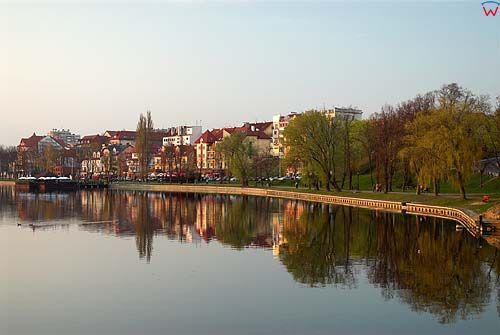 _W060198 Ełk. Linia brzegowa jeziora Ełckiego.