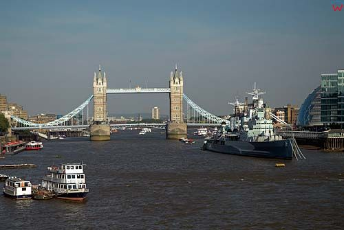 Londyn. Most Tower Bridge na Tamizie