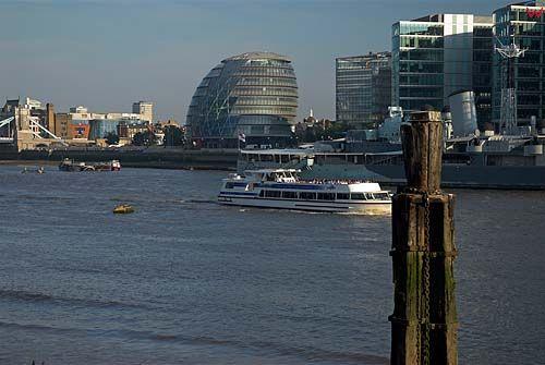 Londyn. City Hall - siedziba władz Londynu