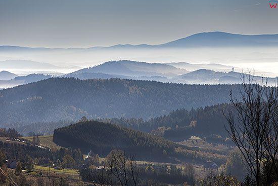 Sokolec, panorama na Gory Sowie. EU, Pl, Dolnoslaskie.