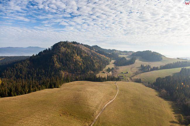 Kotlina Orawsko - Nowotarska, panorama okolicy Za Czarna Gora. EU, Pl, Malopolska. Lotnicze.