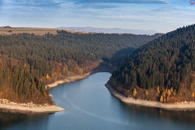 Jezioro Czorsztynskie, Zatoka Harczy Grunt. EU, PL, Malopolska. Lotnicze.