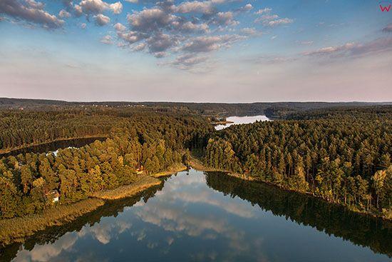Brodnicki Park Krajobrazowy, jezioro Zbiczno. EU, PL, Pomorskie. Lotnicze.