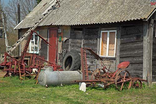 _W060328 Stara zabudowa we wsi Hańcza.