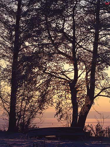 Zima. Zachód słońca okolica Szczytna