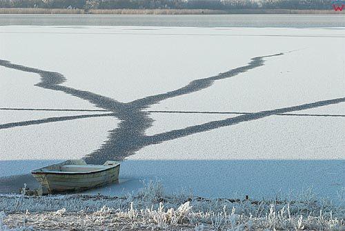 Warm-Maz. Zima nad jeziorem Wielochowskim.
