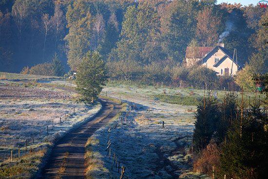 PL, warm-maz. Jesienny pejzaz w okolicy miejscowosci Lomy.
