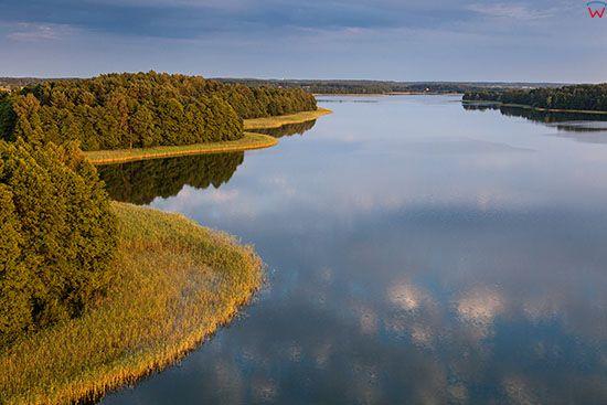 Jezioro Juksty, okolica wsi Sniadowo. EU, PL, Warm-Maz. Lotnicze.