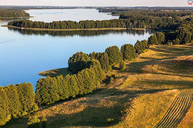 Notyst Wielki i panorama na jezioro Talty. EU, PL, Warm-Maz. Lotnicze.