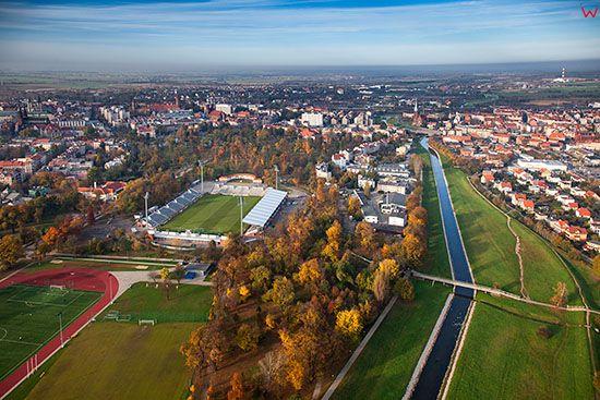 Legnica, Park Miejski i Stadion Miedzi Legnica. EU, PL, Dolnoslaskie. Lotnicze.