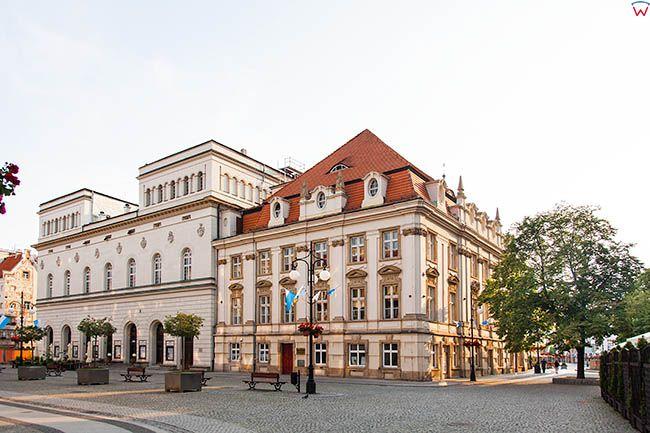 Legnica, Stary Ratusz z Teatrem. EU, Pl, Dolnoslaskie.