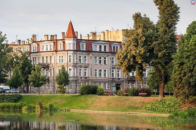 Legnica, Kozi Staw z panorama na ulice Powstancow Slaskich. EU, Pl, Dolnoslaskie.