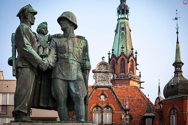 Legnica, Pomnik Przyjazni Polsko-Radzieckiej na Placu Slowianskim. EU, Pl, Dolnoslaskie.