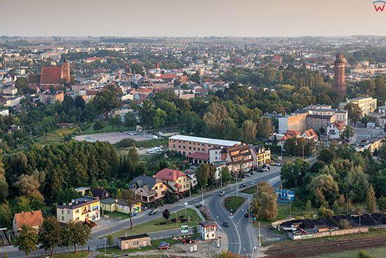 Brodnica, panorama miasta od strony NE, okolica drogi nr 15. EU, PL, Pomorskie. Lotnicze.