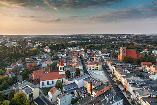 Brodnica, panorama Starego Miasta od strony S. EU, PL, Pomorskie. Lotnicze.