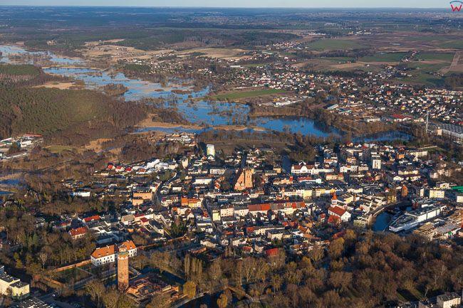 Brodnica, panorama miasta od strony SW. EU, PL, Kujawsko - Pomorskie. Lotnicze