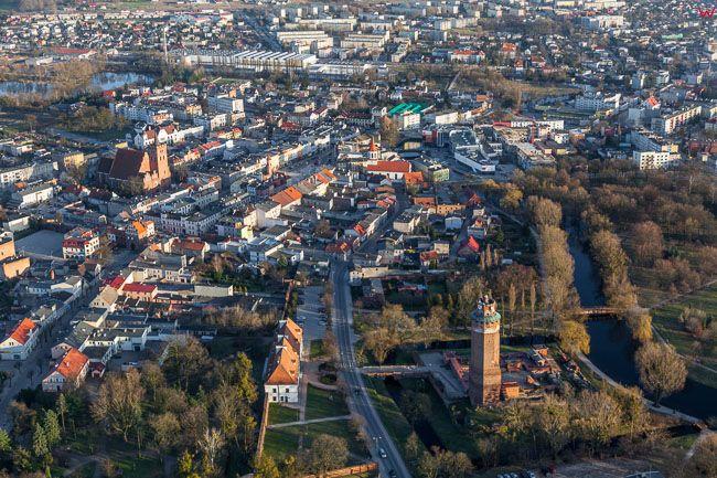 Brodnica, panorama miasta od strony NW. EU, PL, Kujawsko - Pomorskie. Lotnicze