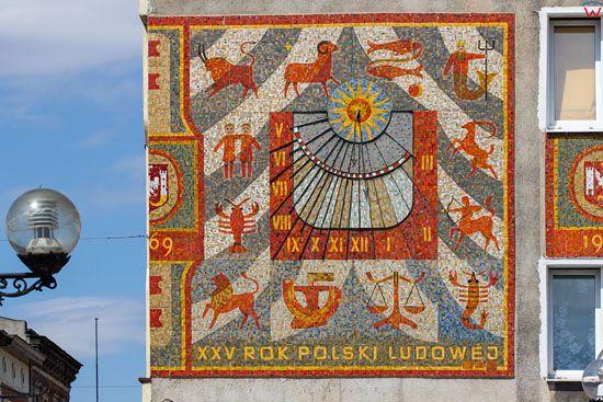 Inowroclaw. Kamienice przy ul. Rynek z widoczna elewacja. EU, Pl, Kujawsko-Pomorskie.