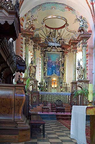 Strzelno , kościół Trójcy Świętej