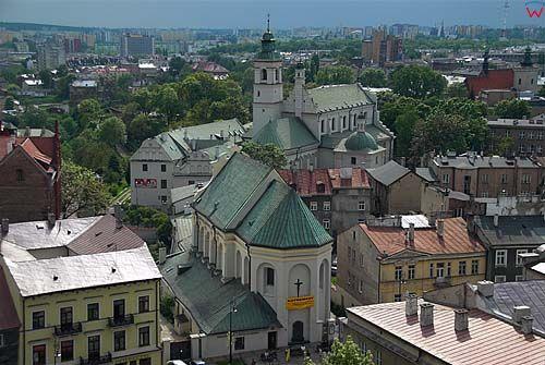 Lubelskie. Lublin, panorama na kosciol i klasztor Bernardynow i kosciol Powizytowski.