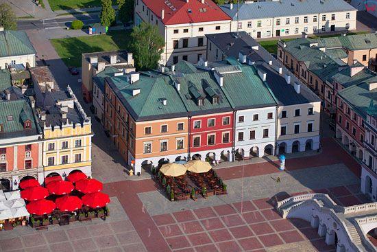 Zamosc - kamienice przy Rynku Wielkim. EU, PL, Lubelskie. LOTNICZE.