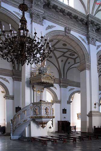 Wnętrze Katedry w Zamościu